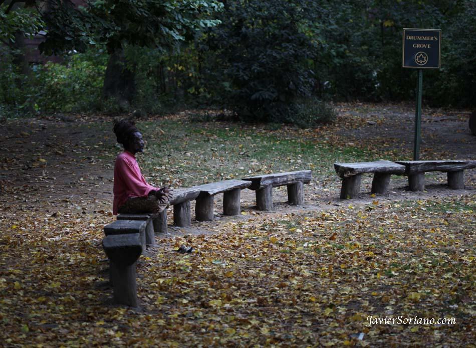 10/28/2012. Prospect Park. Brooklyn, NYC. Meditation is powerful. Photo by Javier Soriano/www.JavierSoriano.com