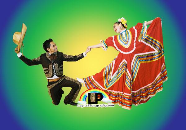 """""""XIII Festival Folklórico Mexicano"""" 290 East 196 Street. Ciudad de Nueva York. Domingo, 22 de Marzo, 2015. 1:00PM. Tren D a la estación de Kingsbridge RD/196 Street."""