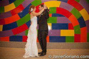 Couple from Spain in New York City. Pareja de España en la Ciudad de Nueva York. *************** It will be an honor to create your wedding pictures/videos. Será un honor crear las photos/video de tu boda. Photo by Javier Soriano/www.JavierSoriano.com
