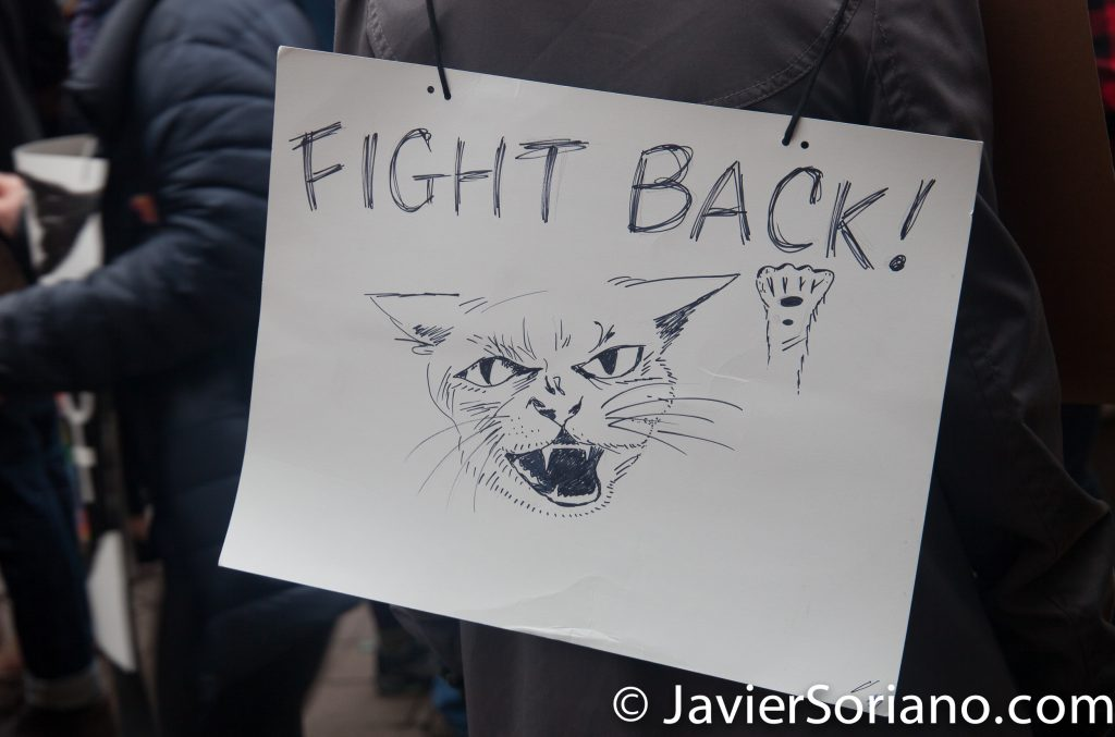 "1/21/2017 - Women's March on Washington D.C.  ""(Pussy) fight back!"" Photo by Javier Soriano/www.JavierSoriano.com"