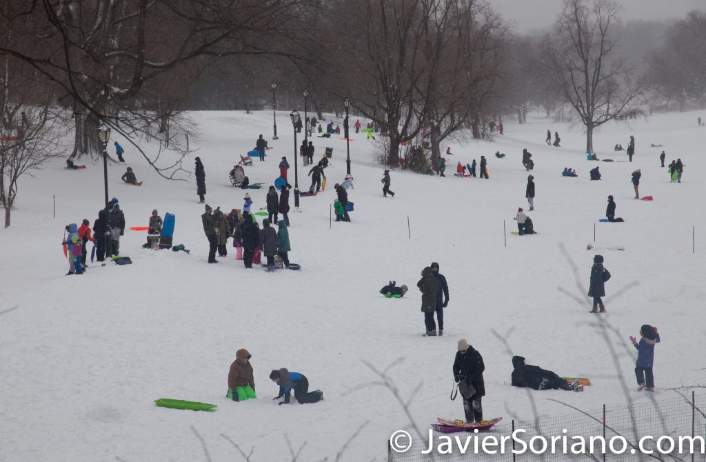 Afternoon. 2/9/2017 NYC - Winter storm Niko in Prospect Park, Brooklyn. People playing. Enjoying the snow. Photo by Javier Soriano/www.JavierSoriano.com