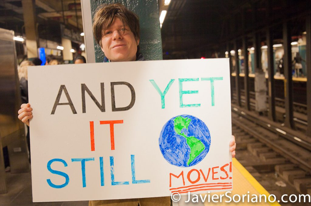 4/22/2017 NYC - March for science. A man waiting for the train after the march. Photo by Javier Soriano/www.JavierSoriano.com