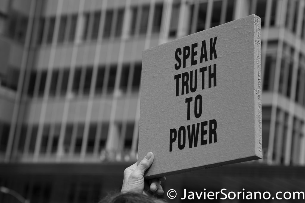 "3/25/2017 NYC - People for Free Press. Activist at Bryant Park. ""Speak truth to power."" Photo by Javier Soriano/www.JavierSoriano.com"