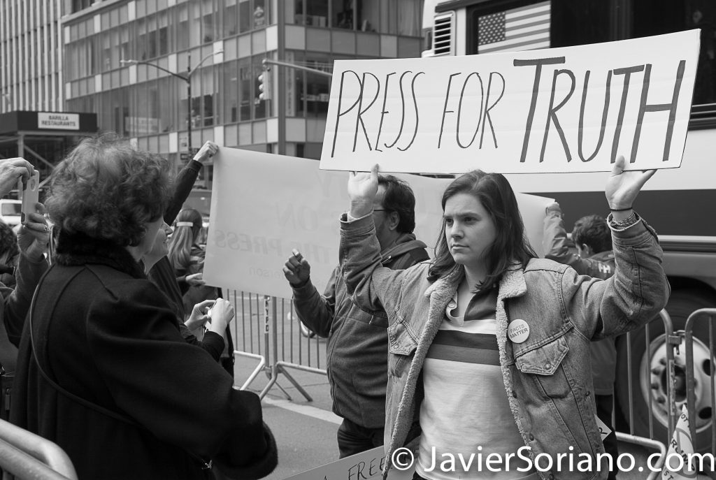 "3/25/2017 NYC - People for Free Press. Activist at Bryant Park. ""Press for truth."" Photo by Javier Soriano/www.JavierSoriano.com"