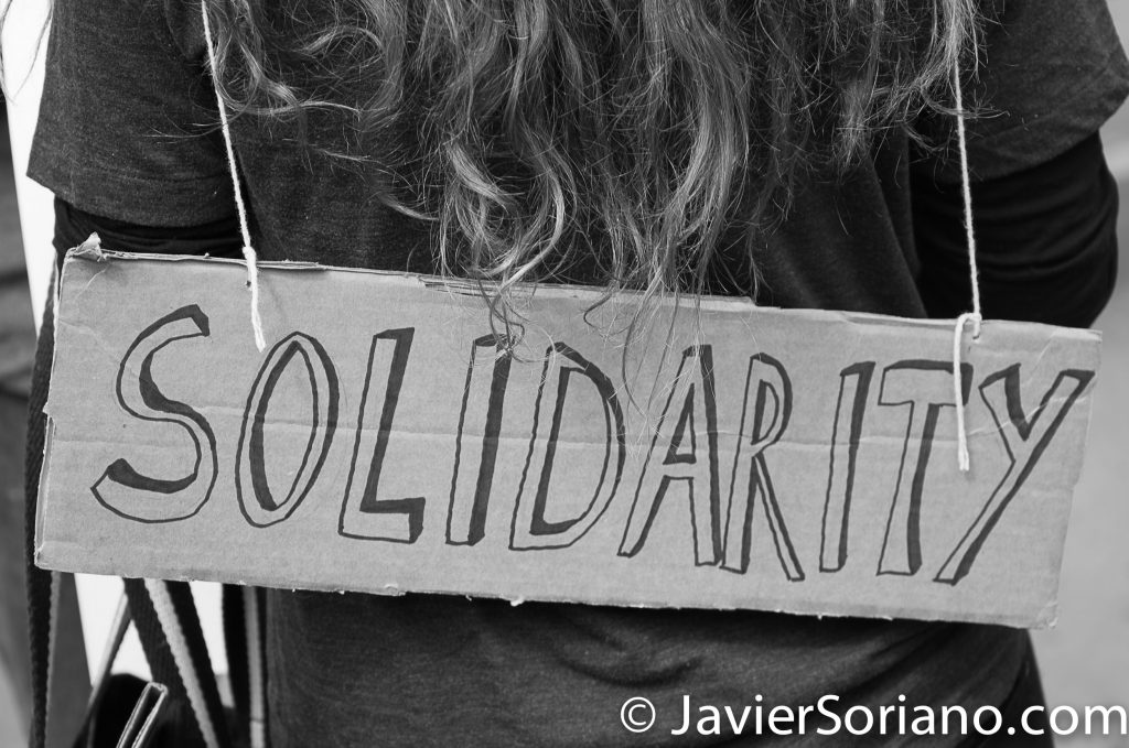 "3/25/2017 NYC - People for Free Press. Activist at Bryant Park. ""Solidarity."" Photo by Javier Soriano/www.JavierSoriano.com"