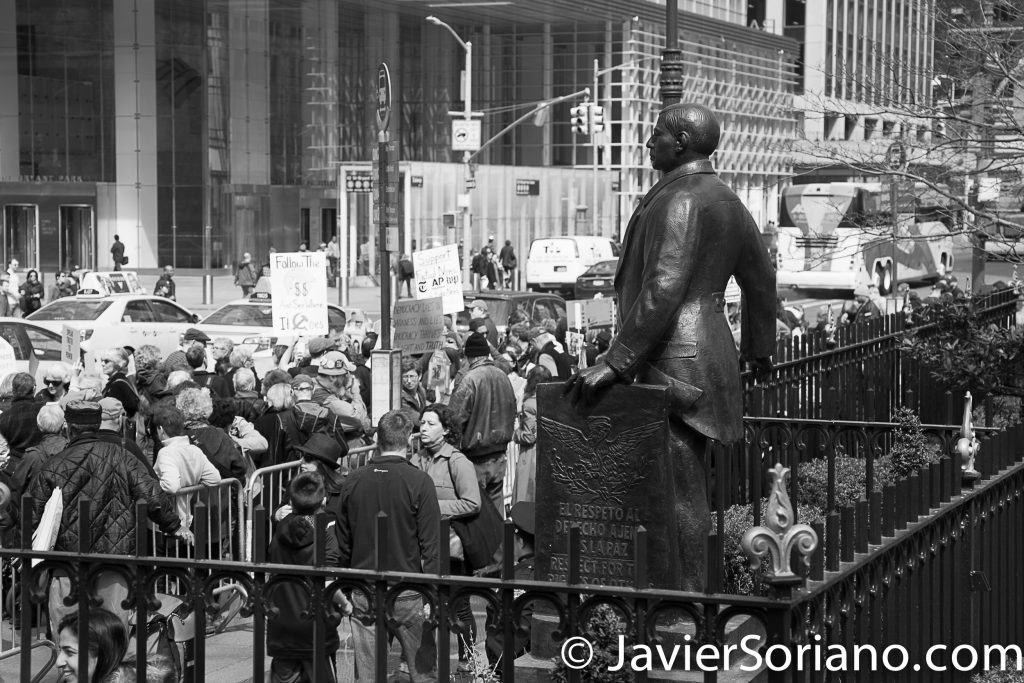 3/25/2017 NYC - People for Free Press. Activists in front of former Mexican President Benito Juárez's statue at Bryant Park. Photo by Javier Soriano/www.JavierSoriano.com