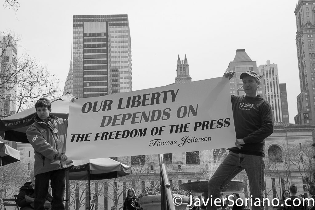 "3/25/2017 NYC - People for Free Press. Activists at Bryant Park. ""Our liberty depends on the freedom of the press.""_Thomas Jefferson Photo by Javier Soriano/www.JavierSoriano.com"