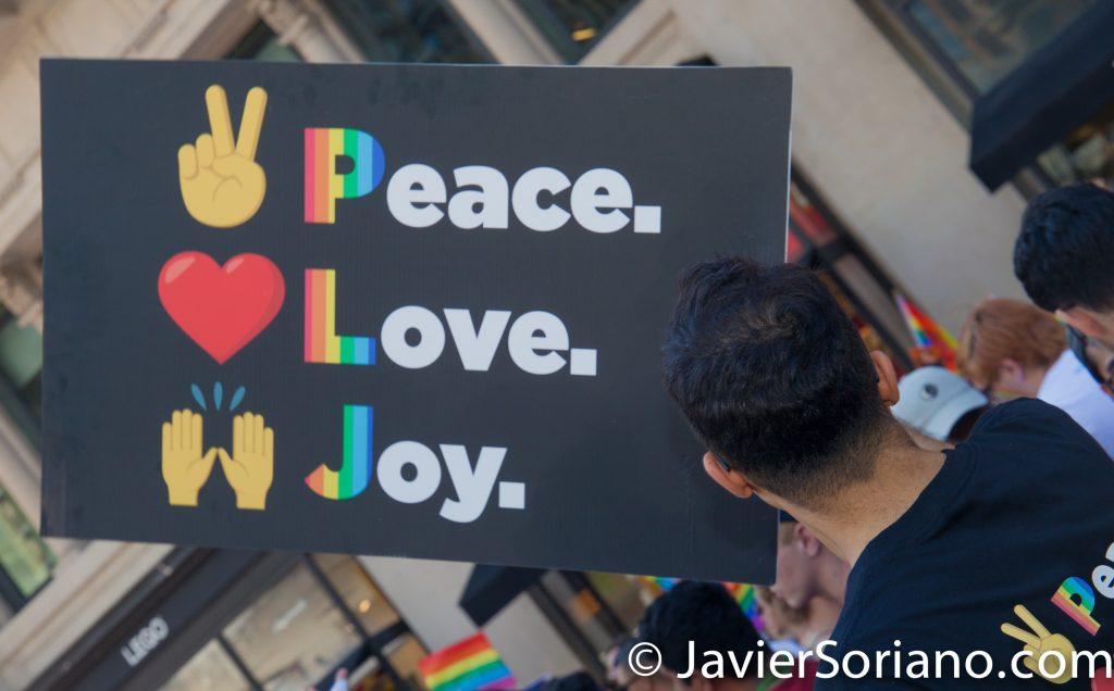 "25/6/2017 Manhattan, Nueva York - Marcha del Orgullo LGBTQ 2017. ""Peace. Love. Joy."" (Paz. Amor. Alegría.) Foto por Javier Soriano/www.JavierSoriano.com"