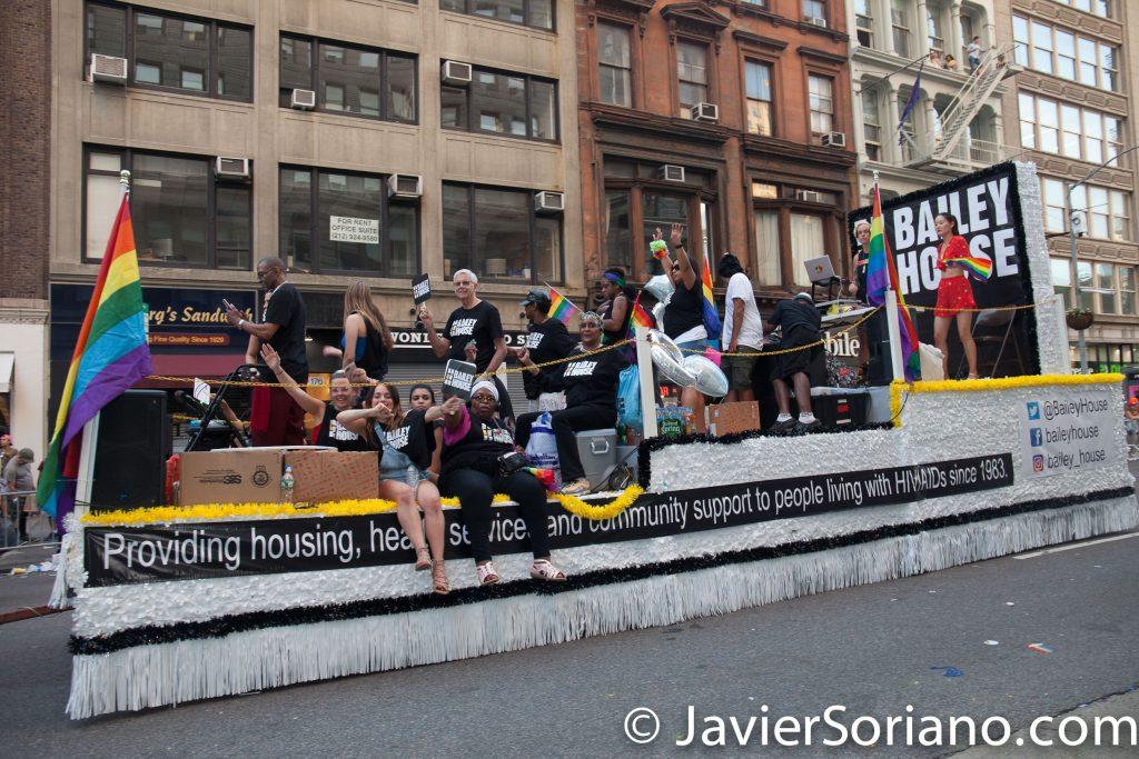 25/6/2017 Manhattan, Nueva York - Marcha del Orgullo LGBTQ 2017. Bailey House. Foto por Javier Soriano/www.JavierSoriano.com