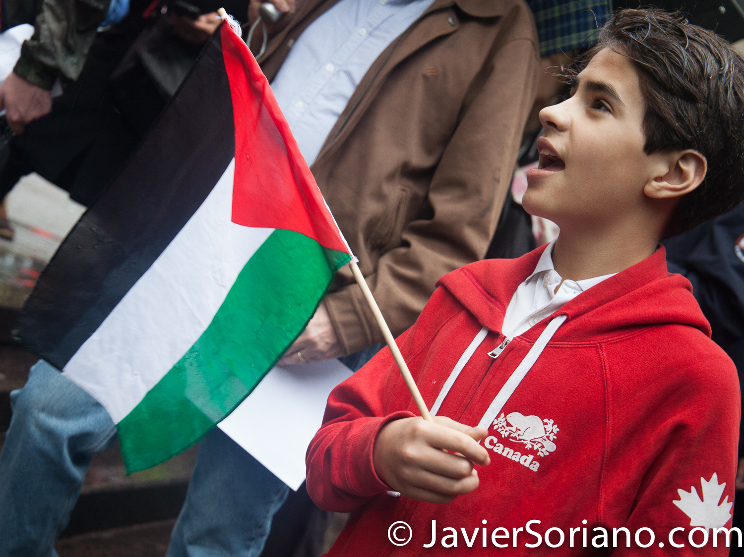 "5/16/2018. Dag Hammarskjold Plaza. Manhattan, New York City - New Yorkers support Palestine. ""Activist with the Palestinian flag"" Photo by Javier Soriano/www.JavierSoriano.com"