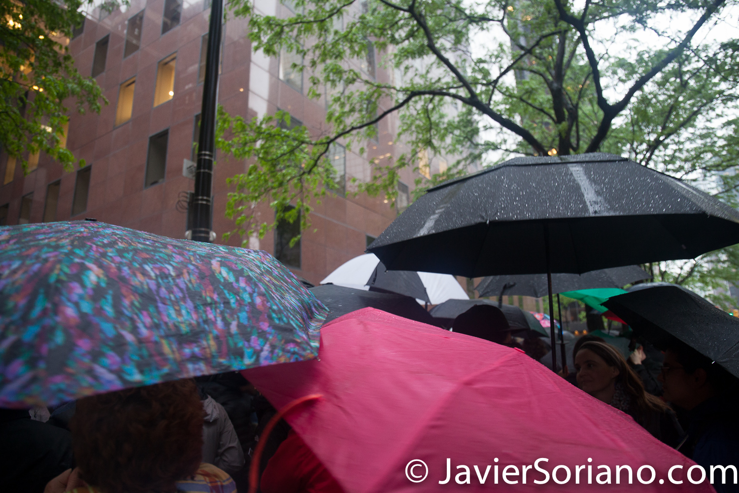 5/16/2018. Manhattan, New York City - New Yorkers support Palestine. Activists in front of the offices of Democrat Senators Kirsten Gillibrand & Chuck Schumer (780 3rd Ave). Photo by Javier Soriano/www.JavierSoriano.com