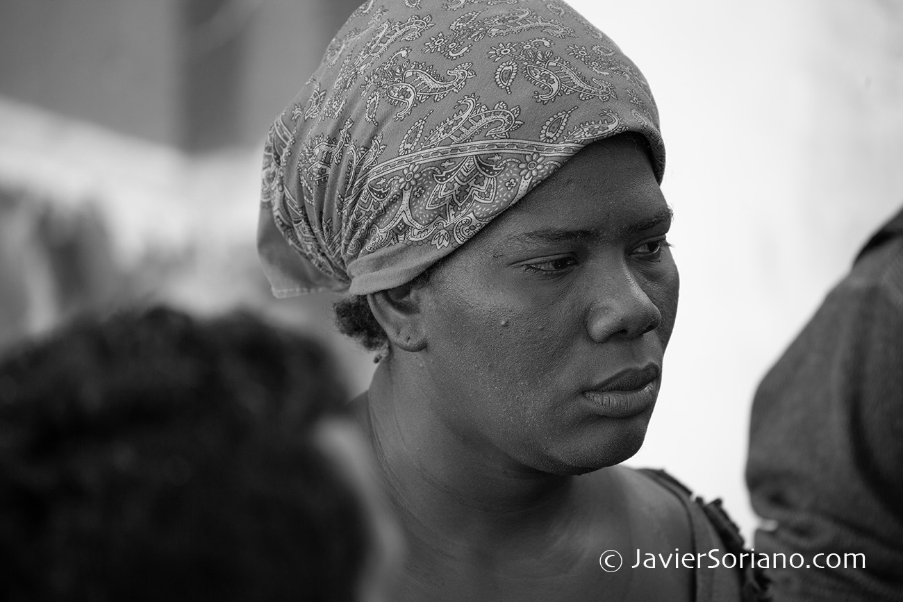 THIS PHOTO: Refugee from Central America in Guadalajara, Mexico. November/2018. ESTA FOTO: Refugiada de Centroamérica en Guadalajara, México. Noviembre/2018. Photo by Javier Soriano/JavierSoriano.com