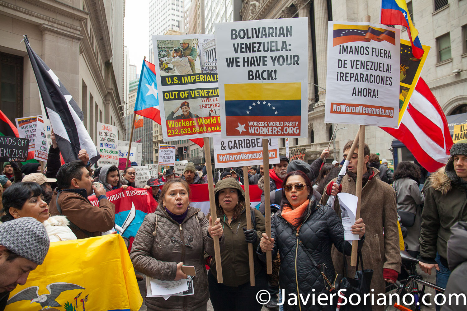 Sábado, 23 de febrero, 2019. Mitin y marcha en la Ciudad de Nueva York: Saquen las manos de Venezuela. Saturday, February 23, 2019. Rally and march in New York City: Hands off Venezuela. Foto por Javier Soriano/www.JavierSoriano.com