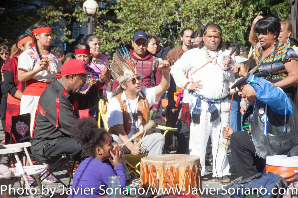 On Sunday, October 11, 2015, a group of Indigenous people from different indigenous groups gathered at the corner of 59th Street and Central Park in Manhattan, New York, to celebrate the 8th Annual Indigenous Day Of Remembrance. Photo by Javier Soriano/http://www.JavierSoriano.com/