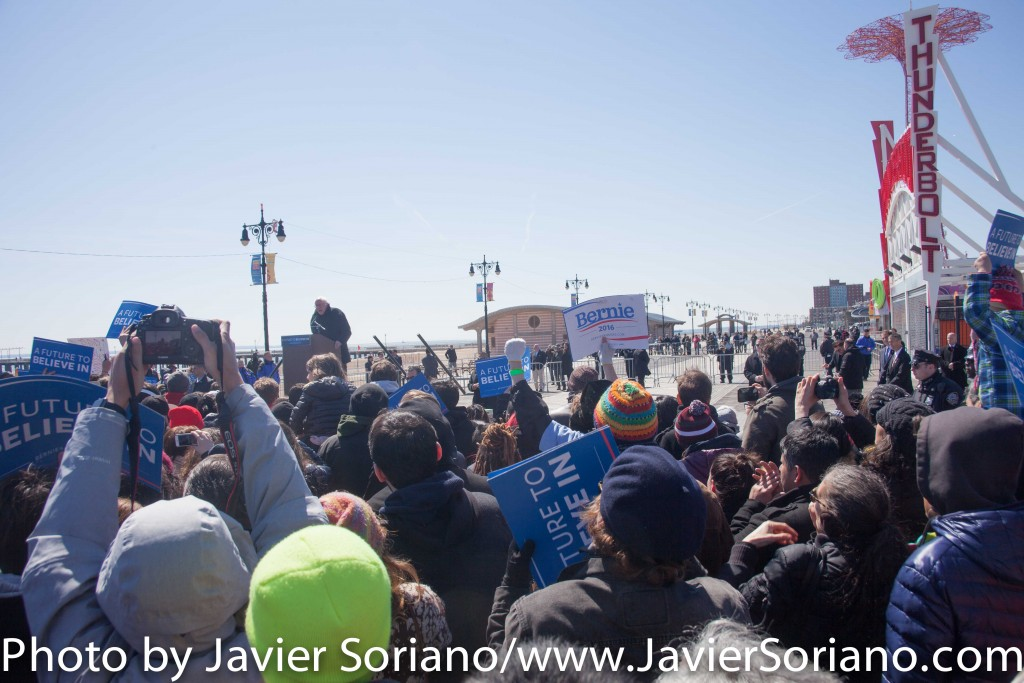 Sunday, April 10, 2016. Coney Island. Brooklyn, NYC - Bernie Sanders and his supporters.  Photo by Javier Soriano/http://www.JavierSoriano.com/