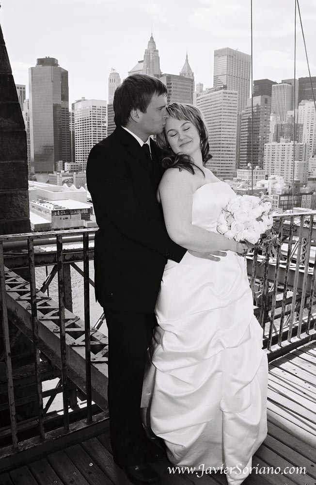 In 2011, a couple from Finland had their wedding in New York City. Photo by Javier Soriano/www.JavierSoriano.com
