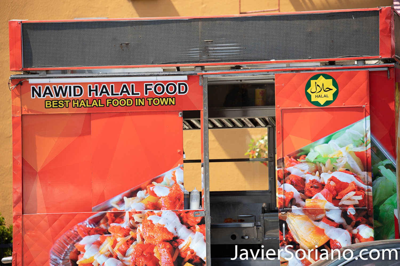Thursday, May 21, 2020. Brooklyn, New York City - Halal food. Jueves 21 de mayo de 2020. Brooklyn, ciudad de Nueva York - Comida Halal. Photo by Javier Soriano/www.JavierSoriano.com