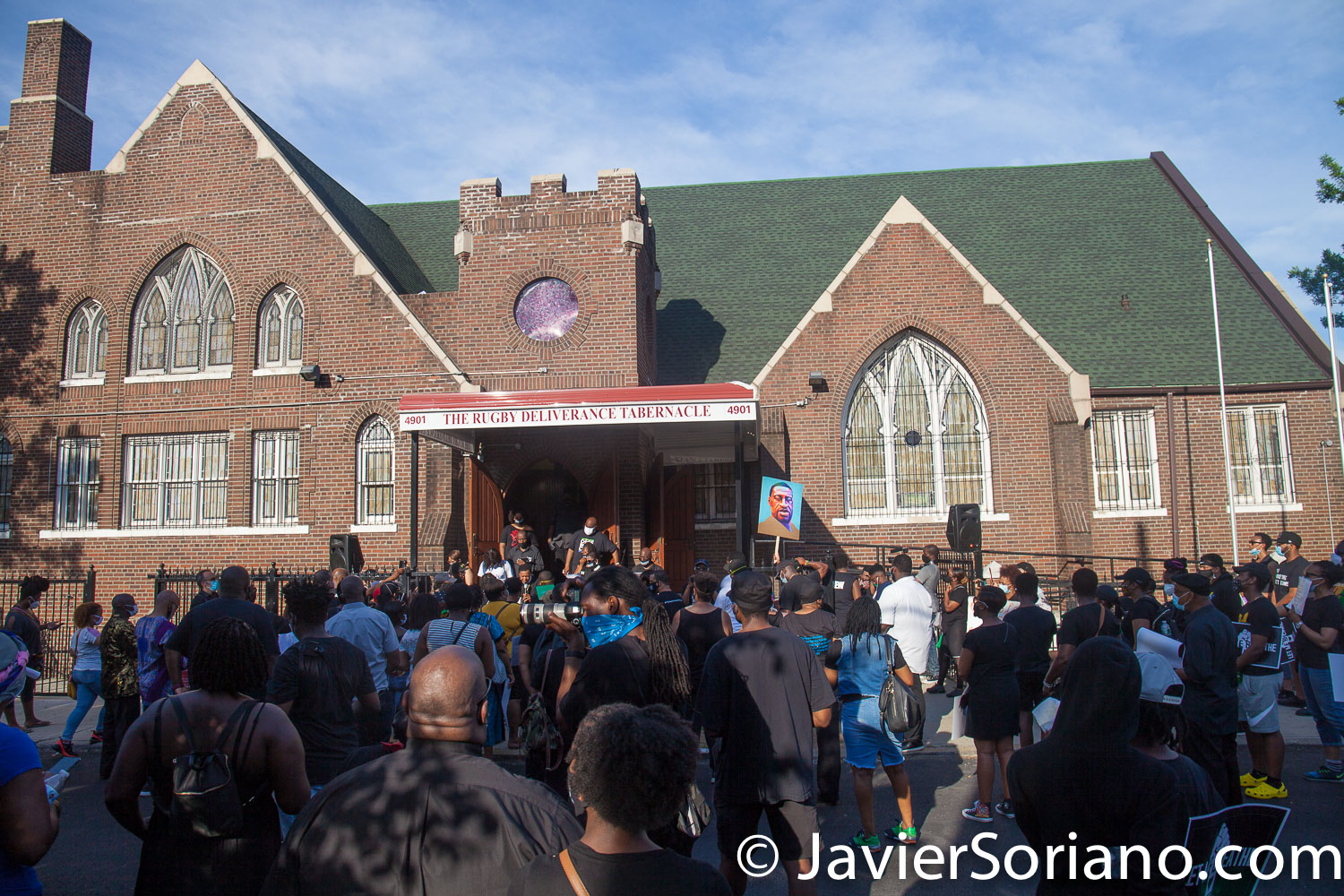 "Sunday, June 21, 2020. New York City – ""Father's Day. Faith Leaders Prayer and March"" in East Flatbush, Brooklyn. Protestors said they were praying for peace and justice. They marched ""in solidarity and support of the fight of systemic racism."" People marched from Nostrand Avenue and Church Avenue to The Rugby Deliverance Tabernacle on 4901 Snyder ave. Photo by Javier Soriano/www.JavierSoriano.com"
