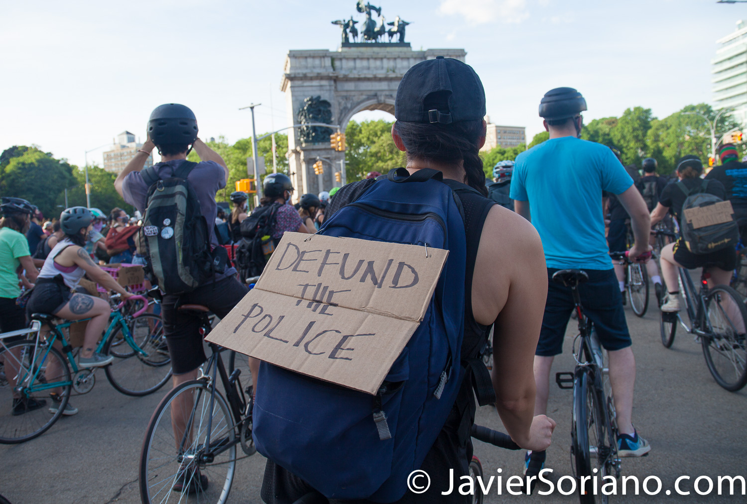 """Monday, June 8, 2020. Brooklyn, New York City – """"Ride Your Bike in Solidarity with BLM"""" at Grand Army Plaza. Photo by Javier Soriano/www.JavierSoriano.com"""