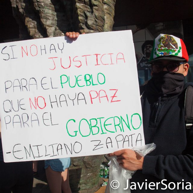 "Sunday, May 31, 2020. New York City - Rally at Barclays Center, Brooklyn to demand justice for George Floyd, to support Black Lives Matter and to demand police accountability. The sign says, ""Si no hay justicia para el pueblo, que no haya paz para el gobierno .""-Emiliano Zapata (If there is no justice for the people, there is no peace for the government.""_Emiliano Zapata). Photo by Javier Soriano/www.JavierSoriano.com"