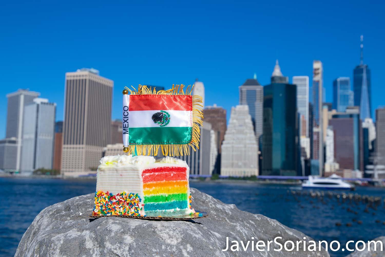El 16 de septiembre de 2020, es el 210 Aniversario del inicio de la Independencia de México.  La noche del 15 de septiembre, Empire State Building en la ciudad de Nueva York tendrá los colores mexicanos.  Foto por Javier Soriano/www.JavierSoriano.com