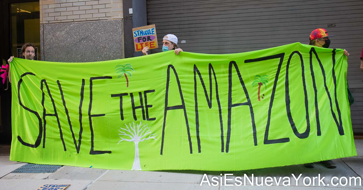 Tuesday, August 24, 2021. Manhattan, New York City - The organization Extinction Rebellion NYC held a demonstration outside the Brazilian Consulate in Manhattan, New York City, in solidarity with the Organization of Indigenous Peoples of Brazil (Articulação dos Povos Indígenas do Brasil [APIB]). Photo by Javier Soriano/www.JavierSoriano.com