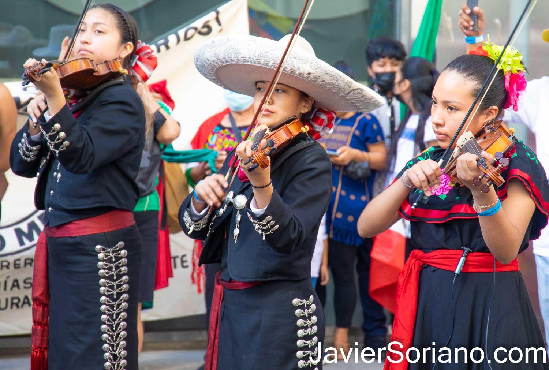 Domingo 19 de septiembre de 2021. Ciudad de Nueva York - Desfile Número 27 de la Independencia de México en Manhattan, ciudad de Nueva York. ESTA FOTO: Mariachi Habaneros. Foto por Javier Soriano/www.JavierSoriano.com